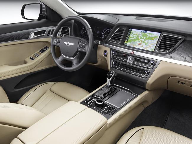 Hyundai Genesis 2014 interior 03