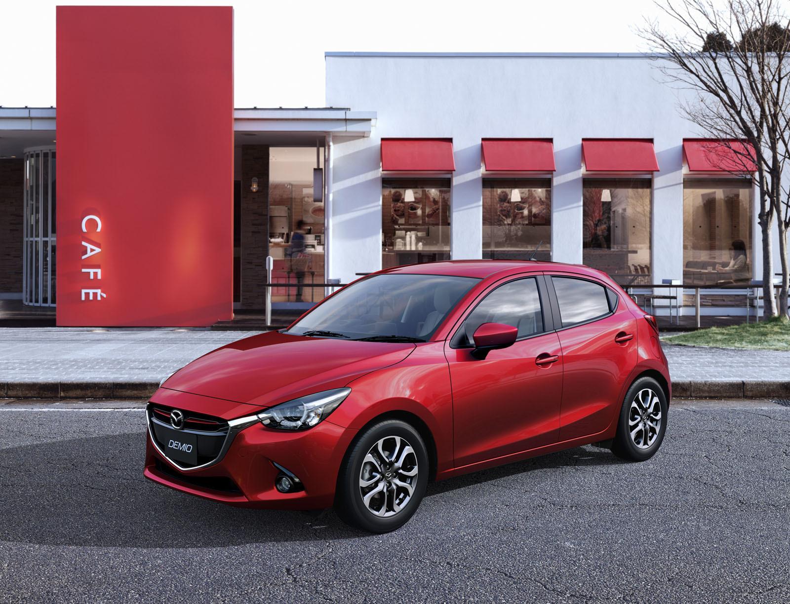 Mazda 2 2015 04