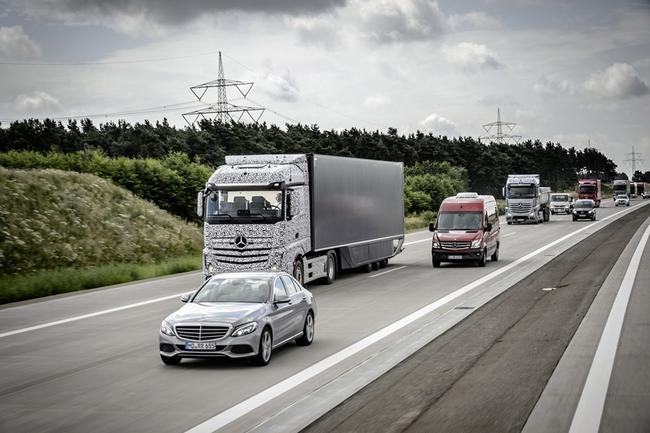 Mercedes Future Track 2025 02