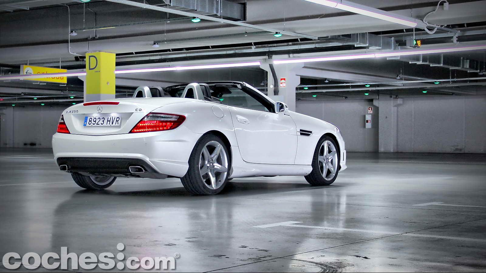 Mercedes benz slk 250 cdi 38 for Slk 250 mercedes benz