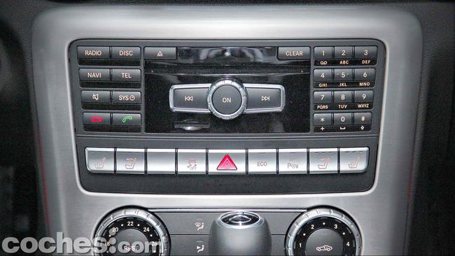 Mercedes_Benz_SLK_250_CDI_54
