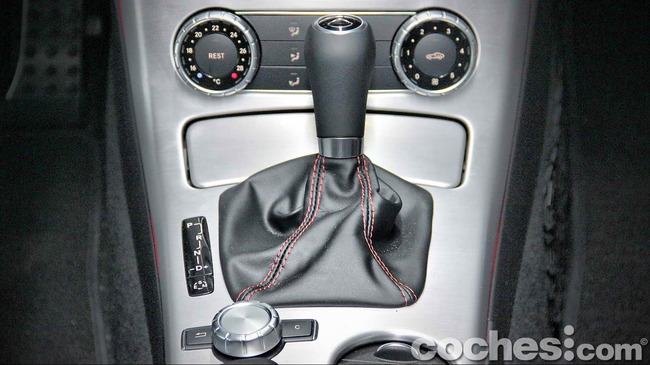 Mercedes_Benz_SLK_250_CDI_55