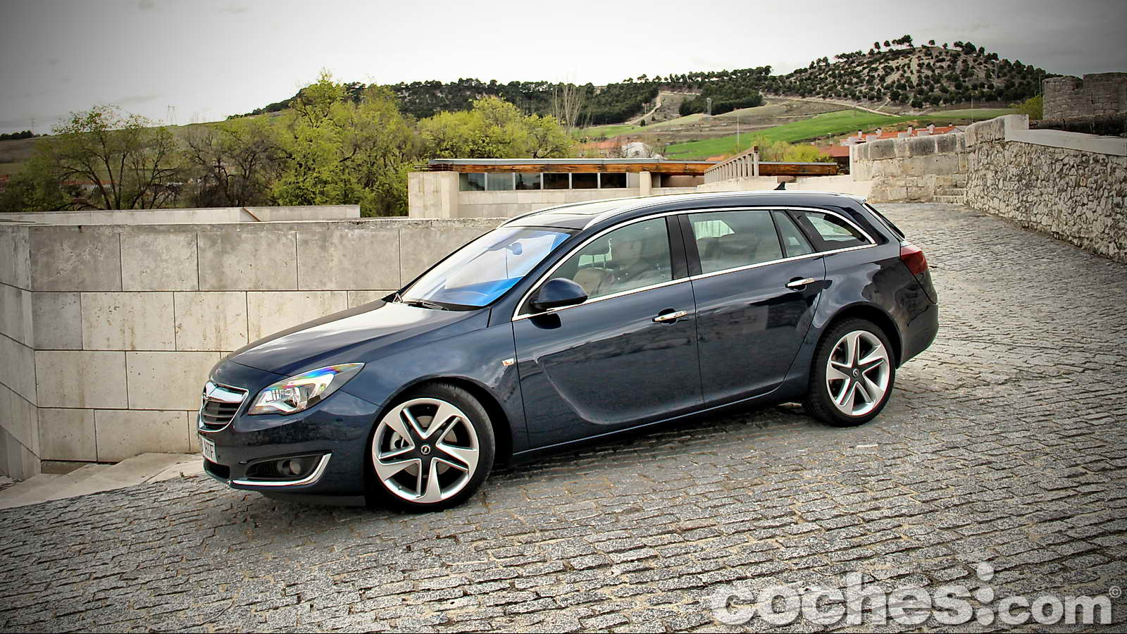 opel insignia sports tourer 2 0 cdti ecoflex prueba. Black Bedroom Furniture Sets. Home Design Ideas