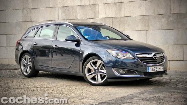 Opel_Insignia_Sports_Tourer_ecoFLEX_05