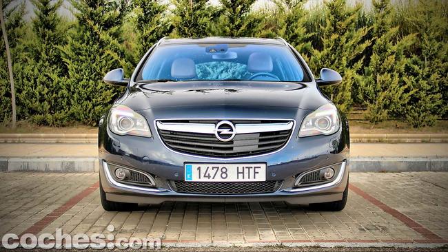 Opel_Insignia_Sports_Tourer_ecoFLEX_07