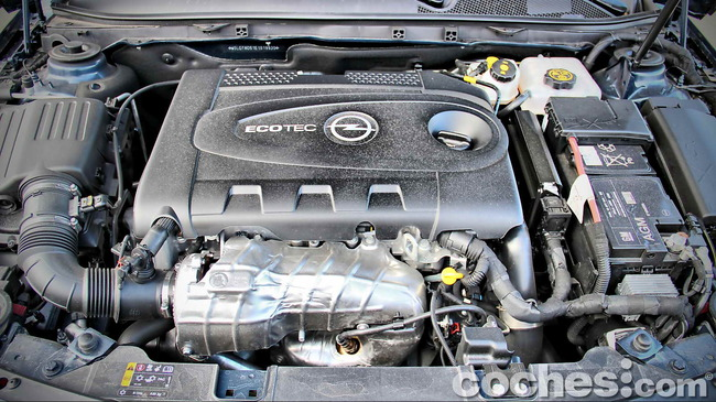 Opel_Insignia_Sports_Tourer_ecoFLEX_51
