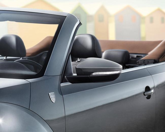 Volkswagen-beetle-cabrio-karmann-2014 1