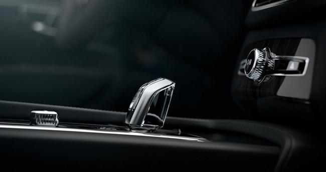 Volvo XC90 2015 interior 11