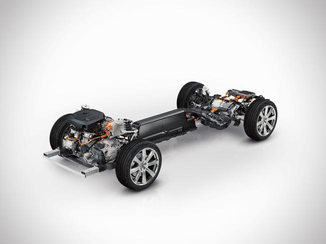 Volvo XC90 T8 2015 06