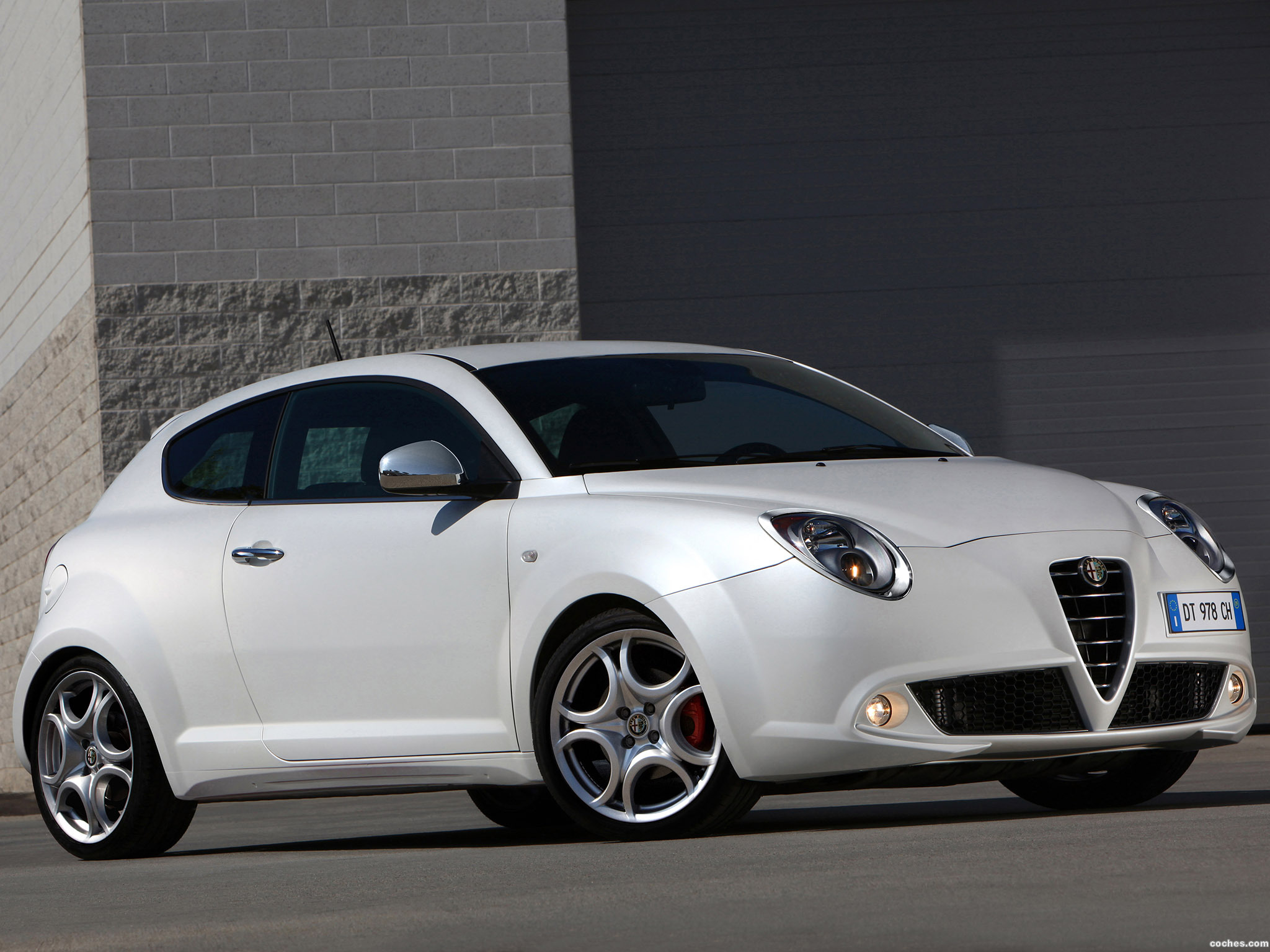 fotos de alfa romeo mito 1 4 multiair 2009. Black Bedroom Furniture Sets. Home Design Ideas