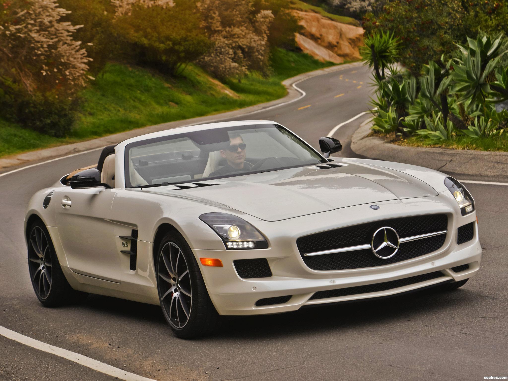 amg_mercedes-sls-63-gt-roadster-usa-2012_r30