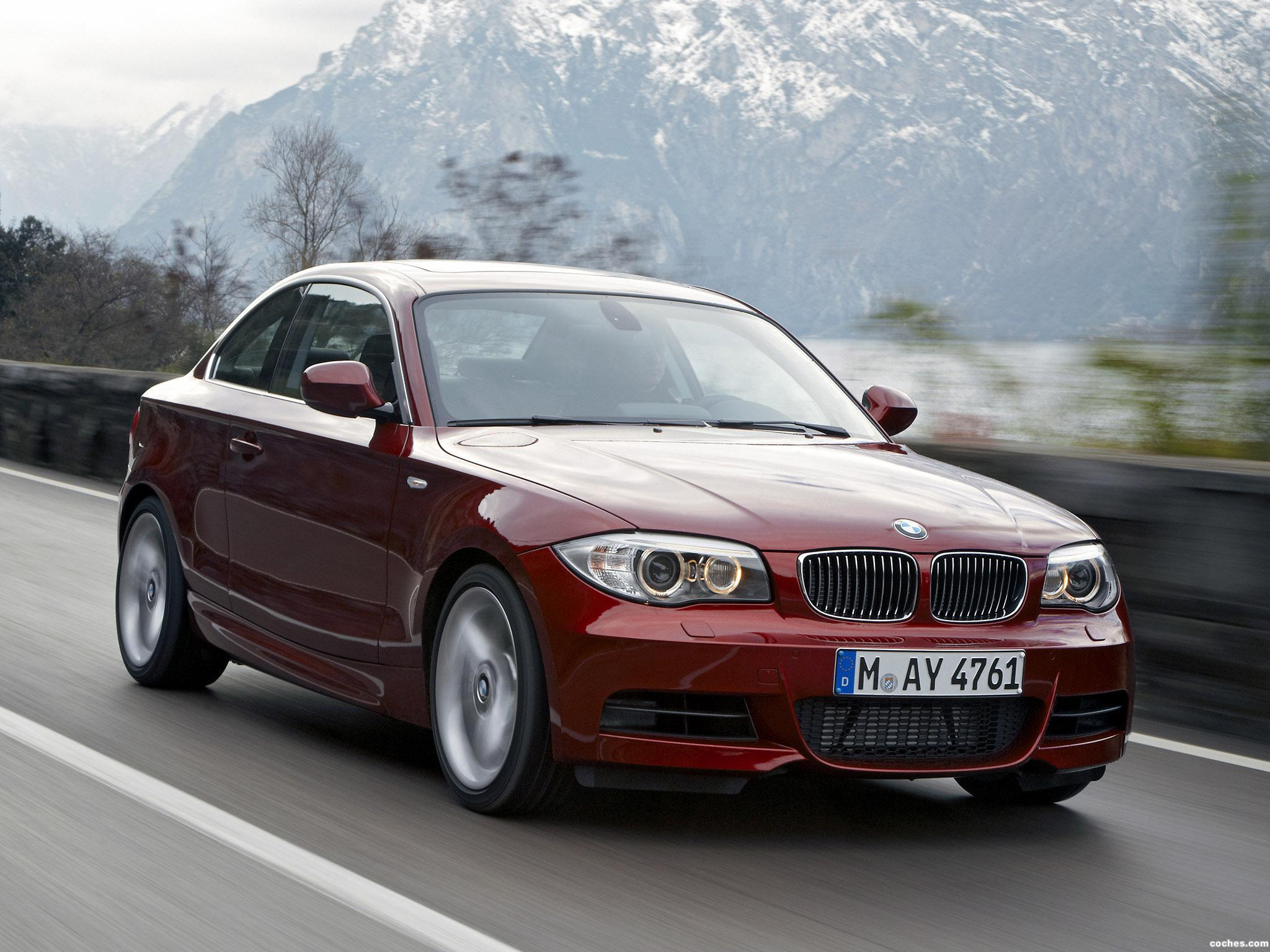 bmw_1-series-coupe-2011_r15