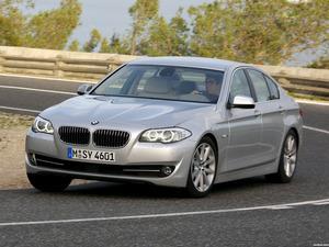 BMW 5-Series Sedan 530d 2010