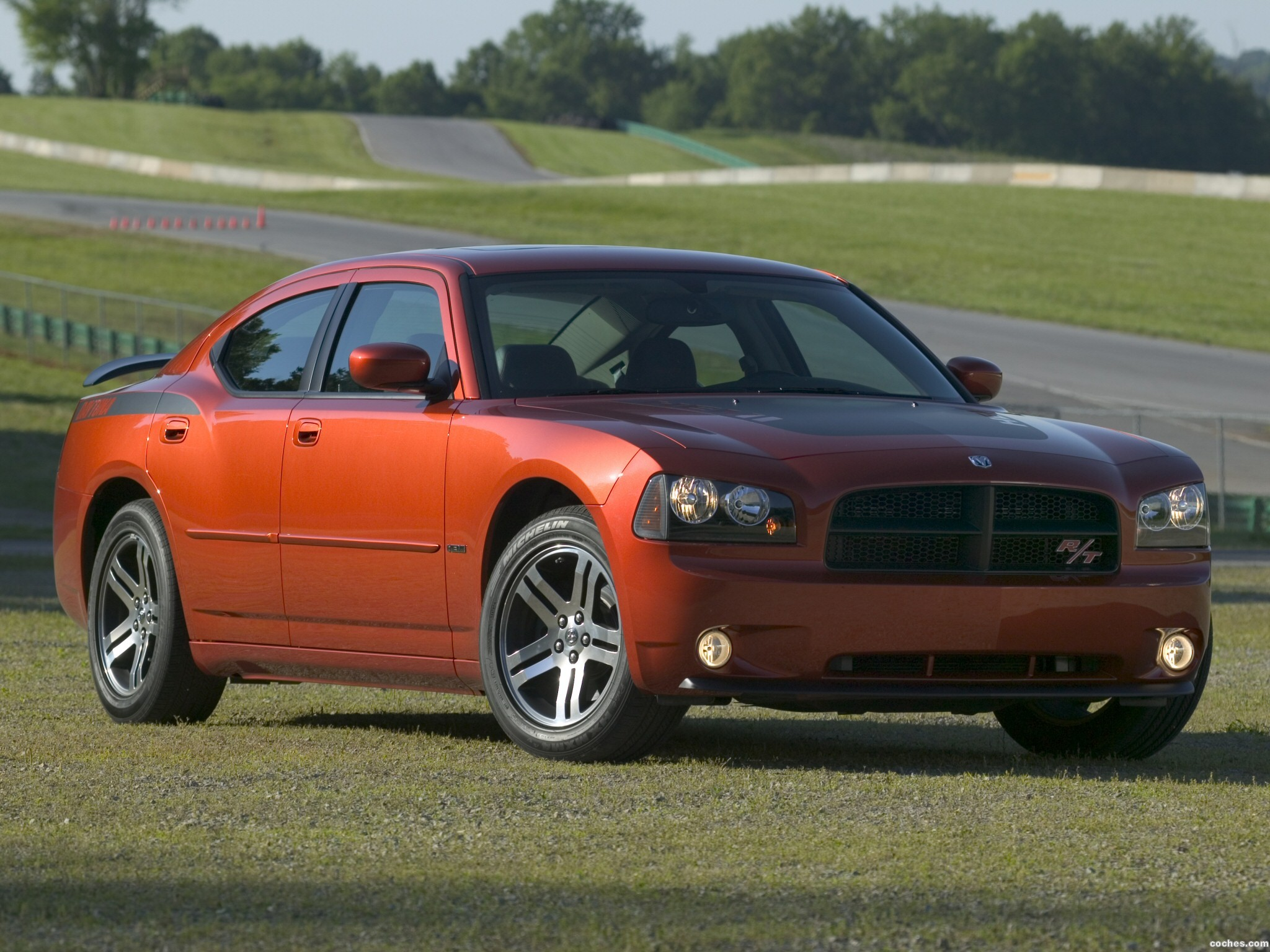 fotos de dodge charger daytona r t 2006. Black Bedroom Furniture Sets. Home Design Ideas