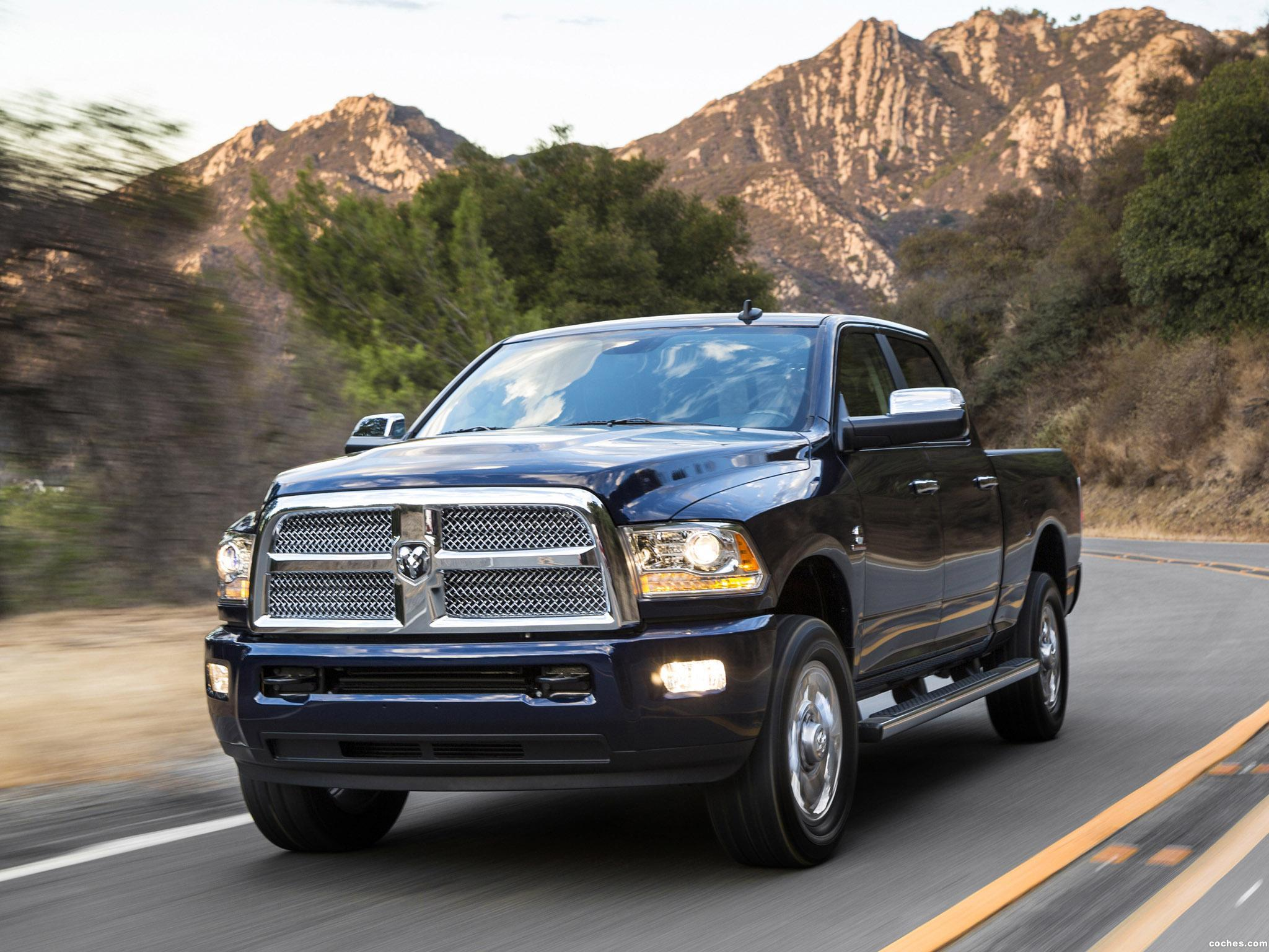 fotos de dodge ram 2500 laramie limited crew cab 2013. Black Bedroom Furniture Sets. Home Design Ideas