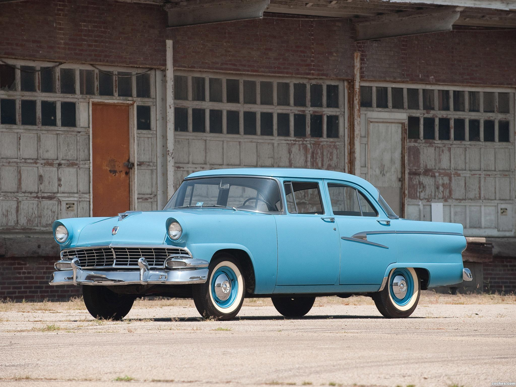 fotos de ford mainline sedan 4 puertas 1956. Black Bedroom Furniture Sets. Home Design Ideas