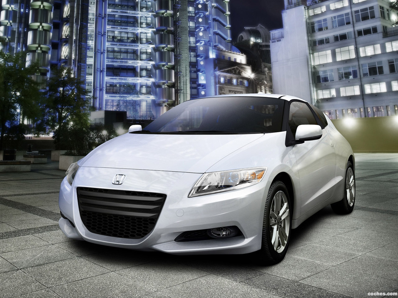 honda_cr-z-sport-hybrid-coupe-2010_r12