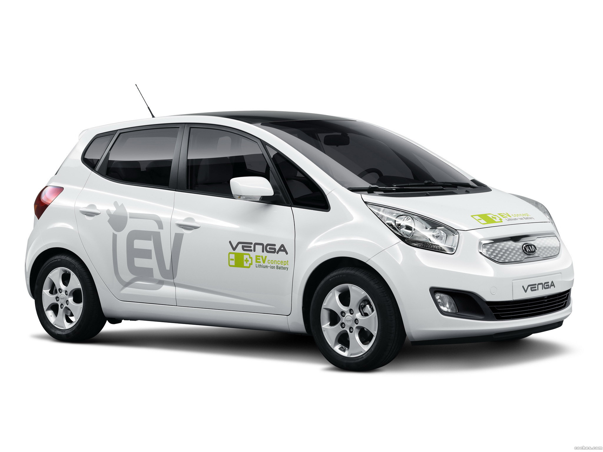 kia_venga-plug-in-electric-concept-2010_r9
