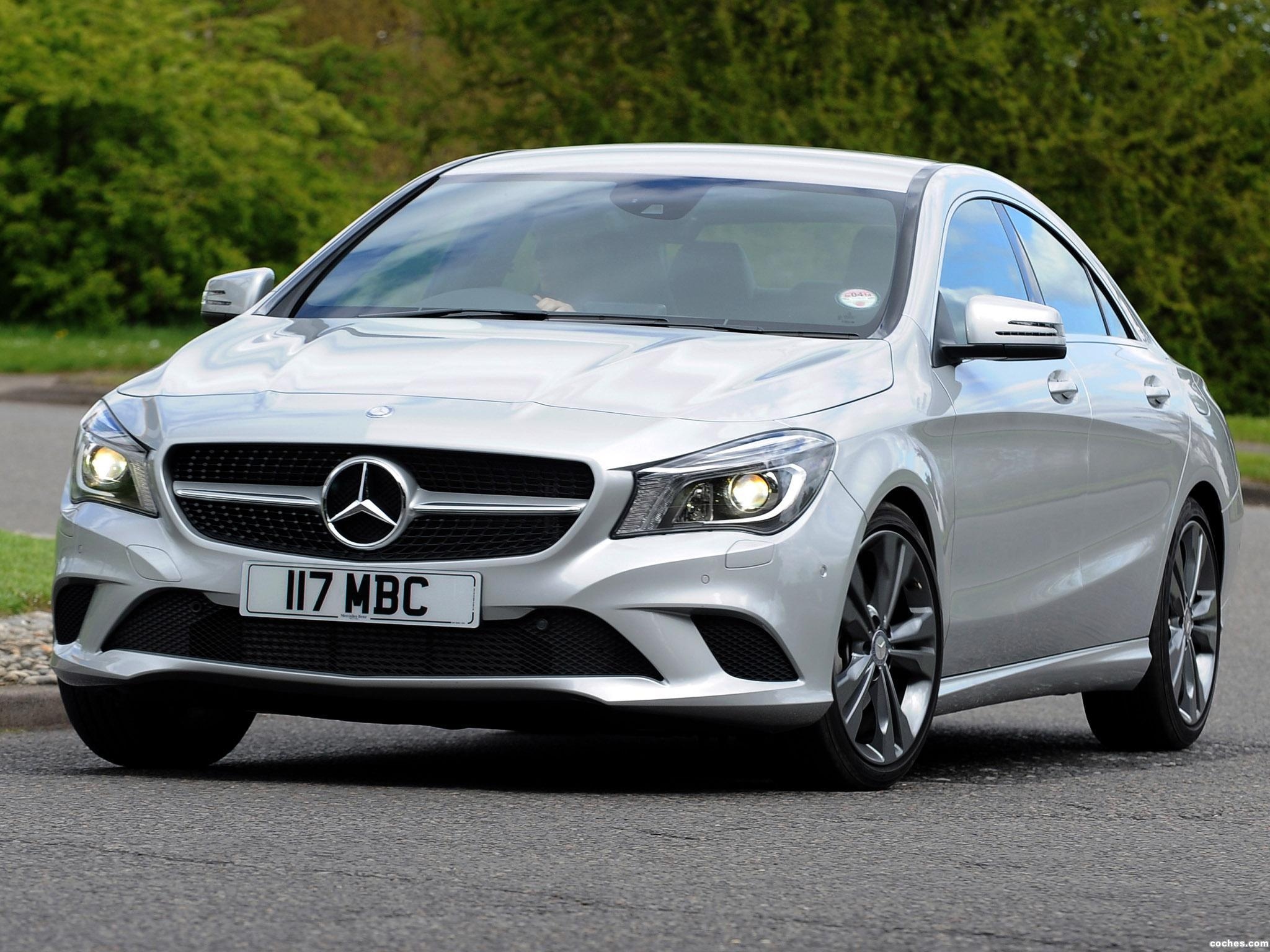 fotos de mercedes clase cla 220 amg sport package uk 2013. Black Bedroom Furniture Sets. Home Design Ideas