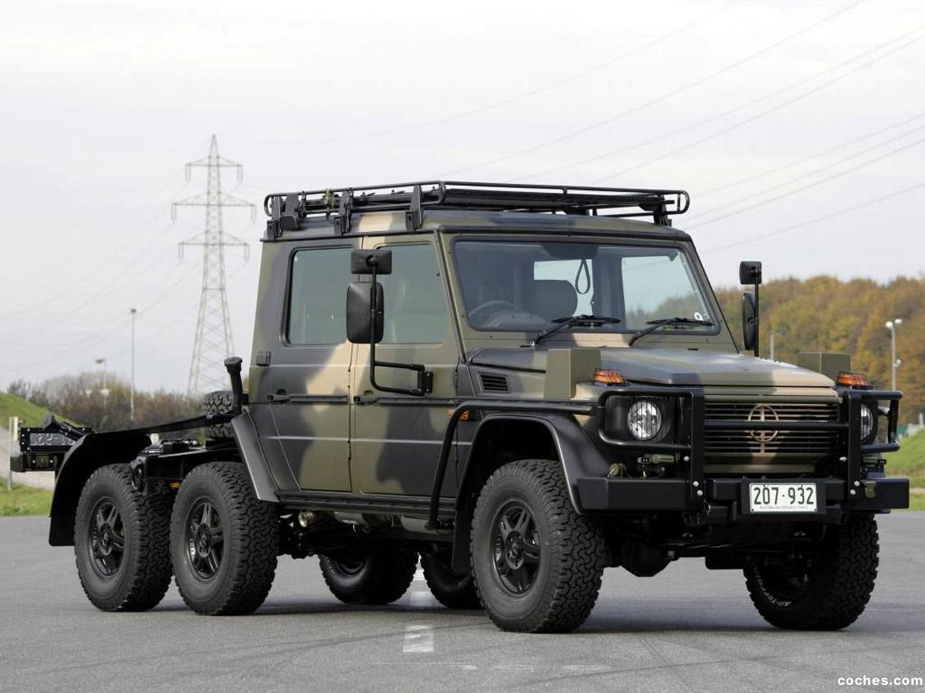 Fotos de mercedes clase g 6x6 military w461 2012 for Mercedes benz 6x6 precio