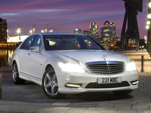 Mercedes Clase S S350 CDI AMG Sports Package UK 2009