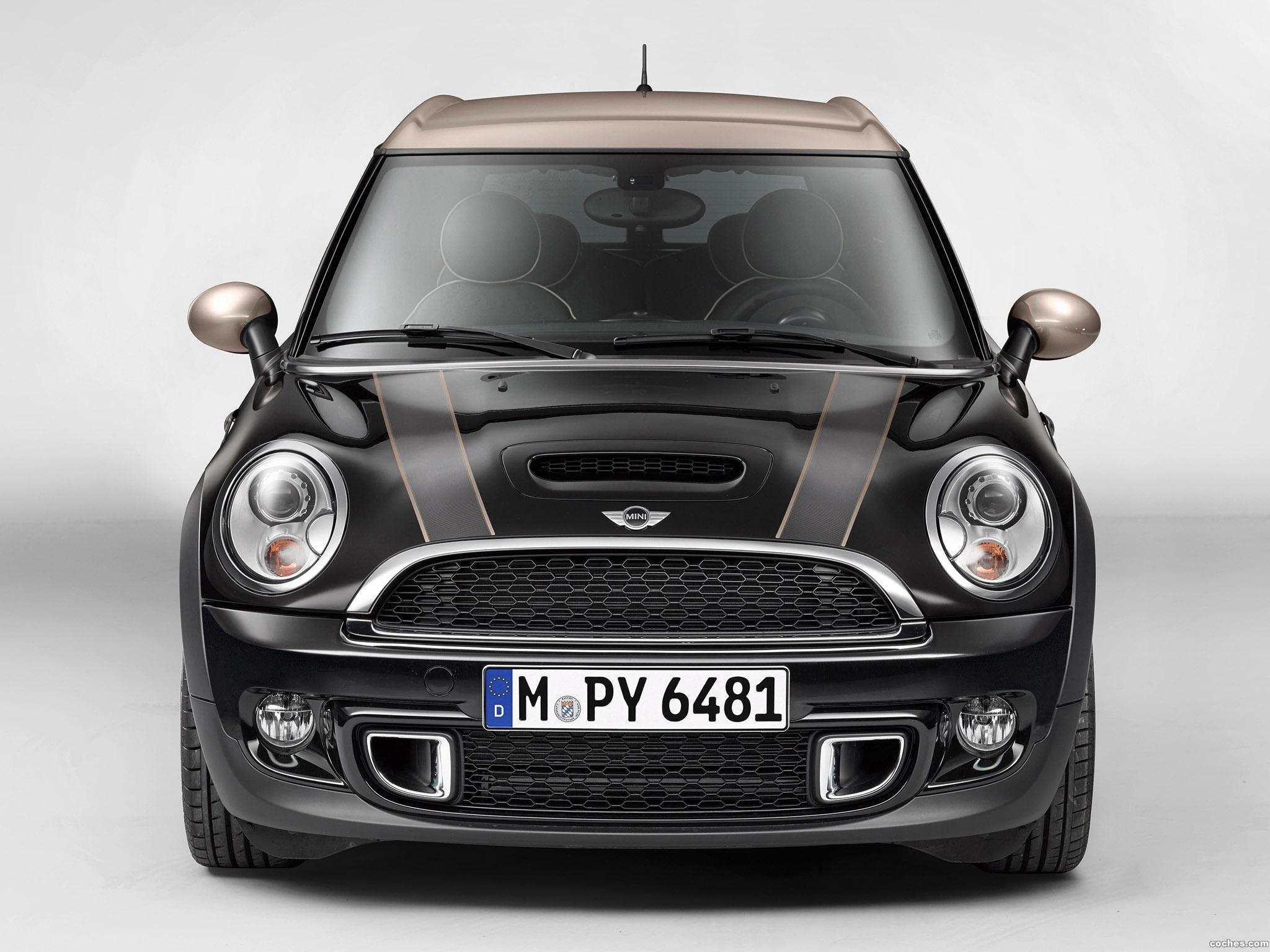 fotos de mini clubman cooper s bond street 2013. Black Bedroom Furniture Sets. Home Design Ideas