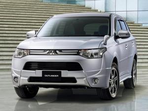 Mitsubishi Outlander Japan 2012