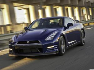 Nissan GT-R USA 2011