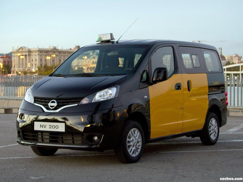 nissan_nv200-taxi-2012_r5