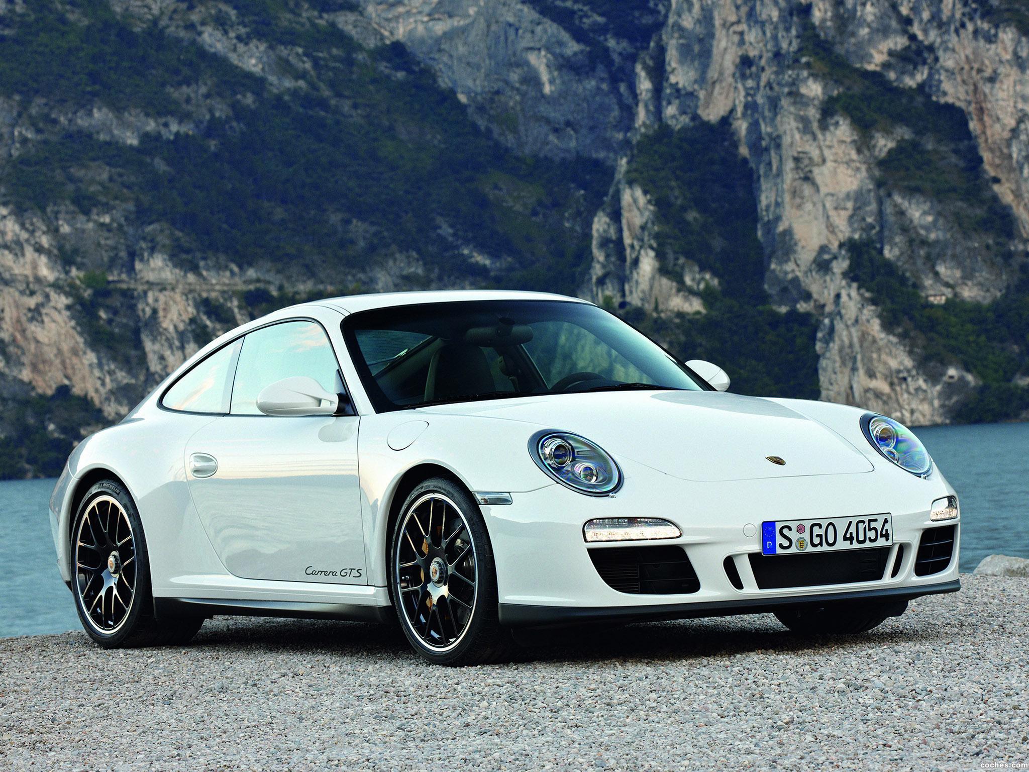 porsche_911-carrera-gts-coupe-2010_r3
