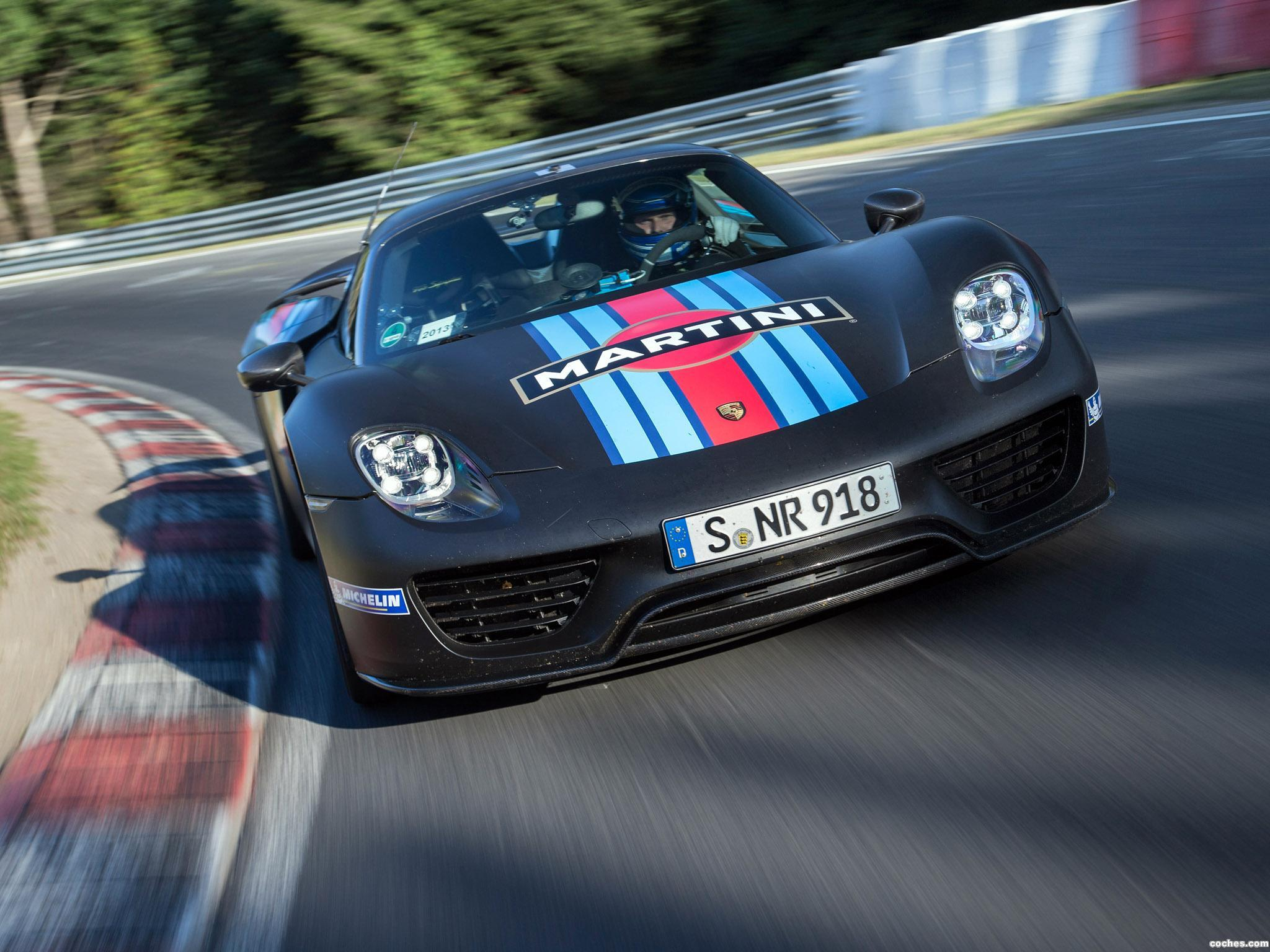 porsche_918-spyder-martini-racing-2014_r4