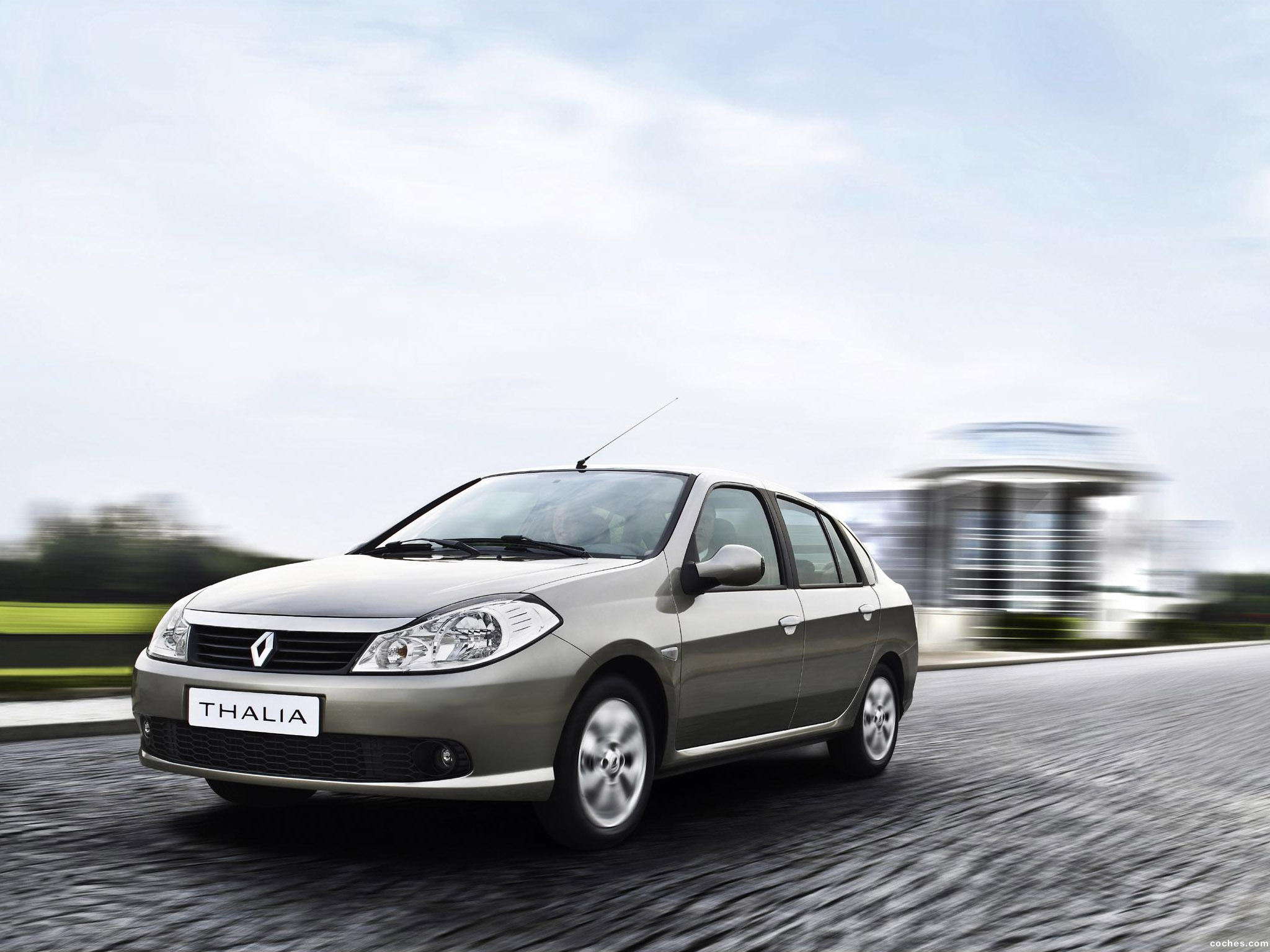 Fotos de Renault Thalia Symbol 2008