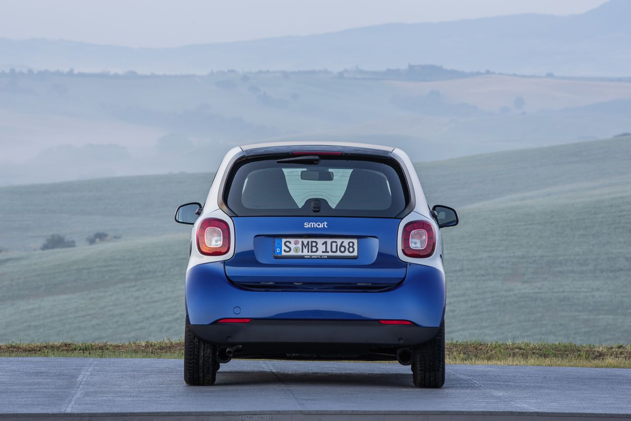 smart fortwo 2015. Trasera