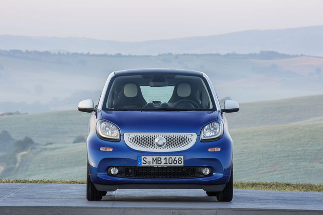 Smart fortwo 2015. Frontal