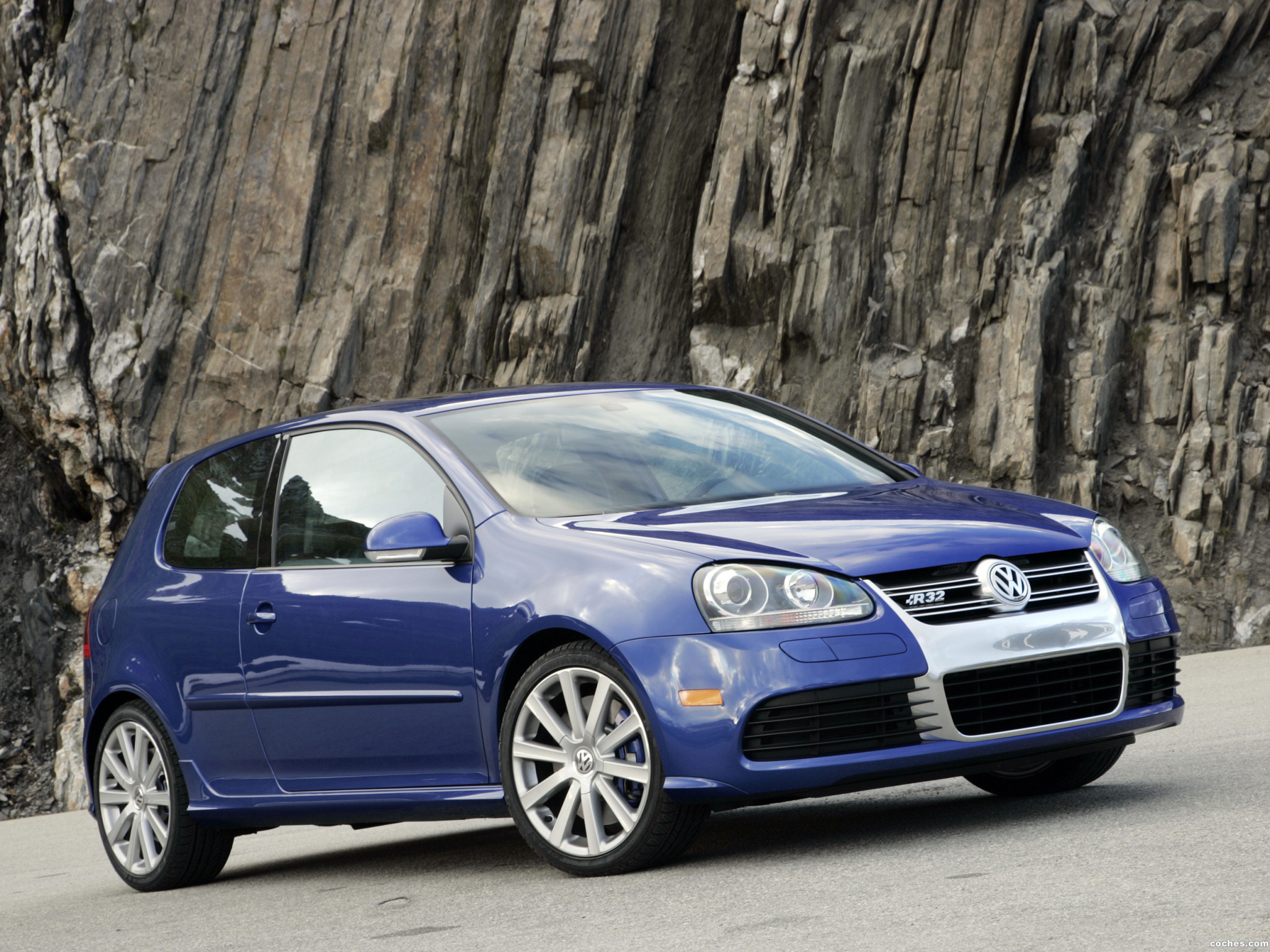fotos de volkswagen golf v r32 2005. Black Bedroom Furniture Sets. Home Design Ideas