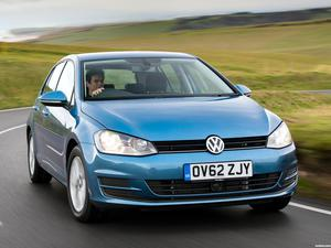 Volkswagen Golf 7 5 puertas TDI Bluemotion UK 2013