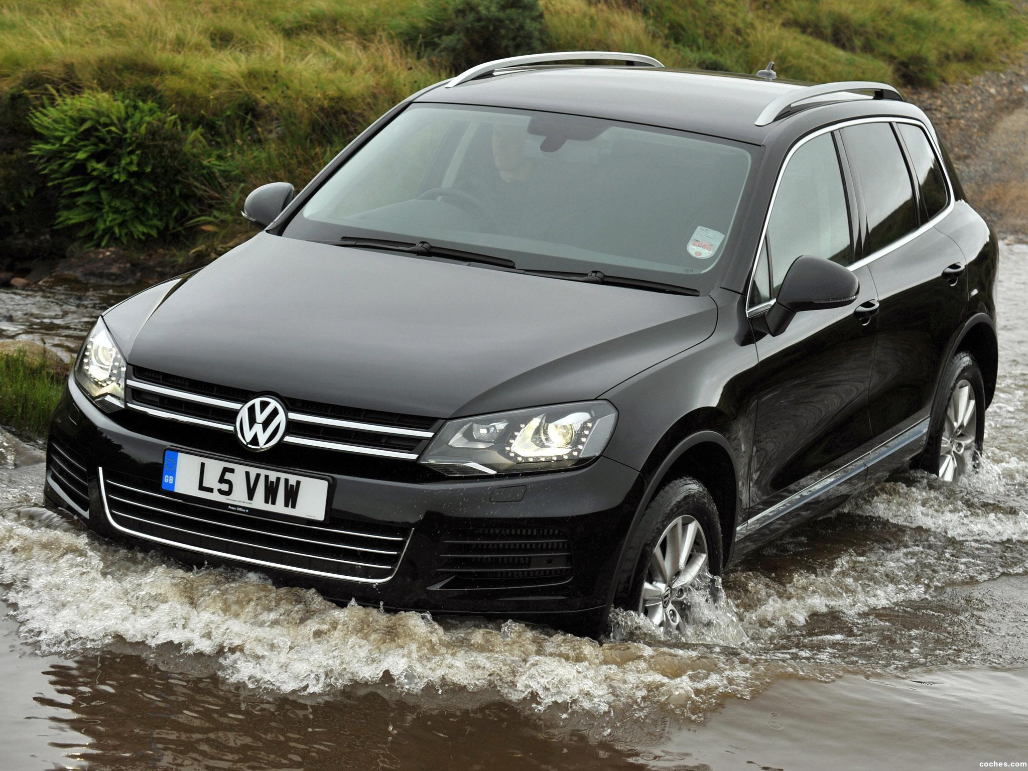 fotos de volkswagen touareg v6 tdi uk 2010. Black Bedroom Furniture Sets. Home Design Ideas