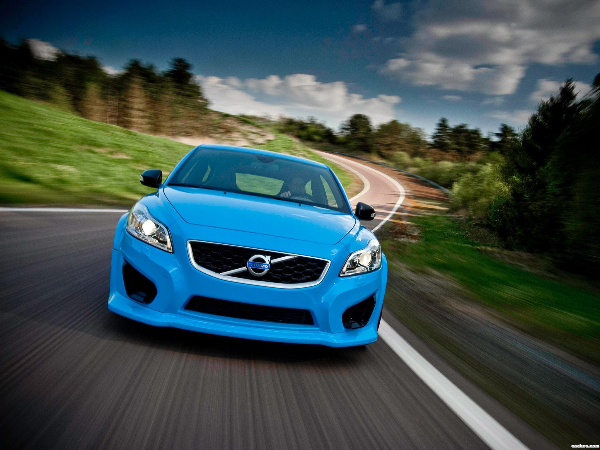 volvo_c30-by-polestar-performance-2010_r10