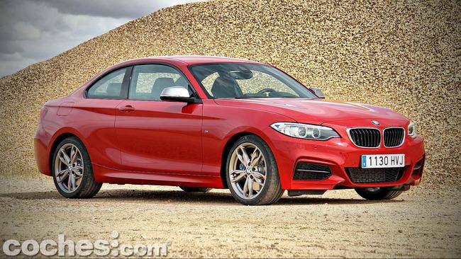 BMW_M235i_02