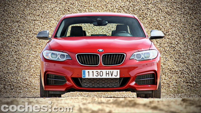 BMW_M235i_04