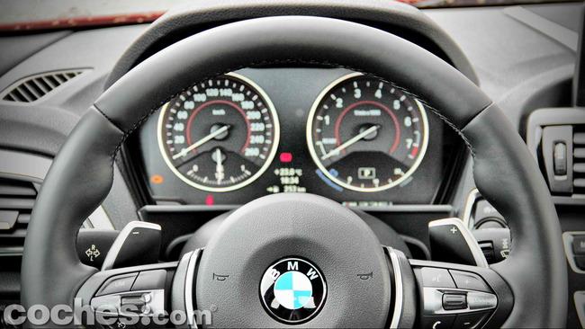 BMW_M235i_23