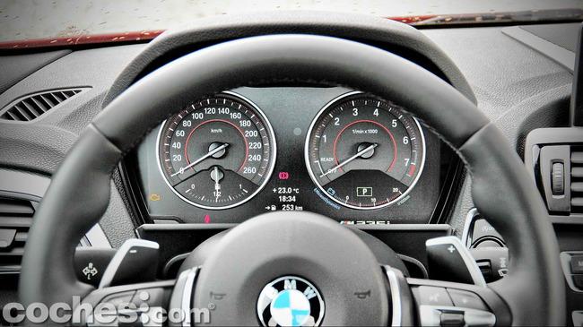 BMW_M235i_24