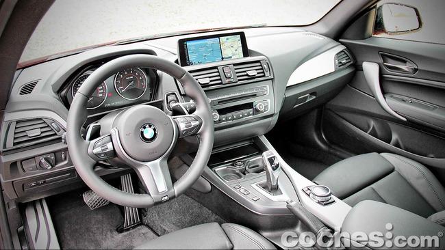 BMW_M235i_29