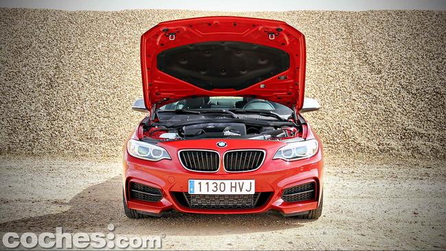 BMW_M235i_39