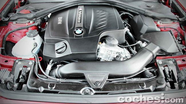 BMW_M235i_42