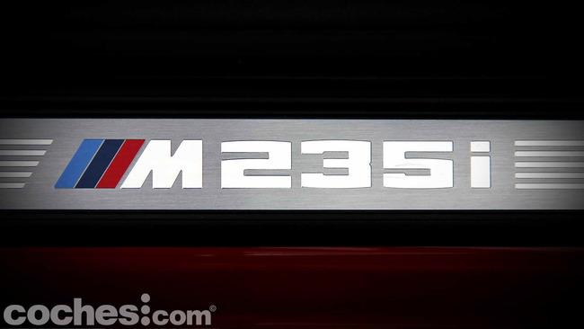BMW_M235i_46