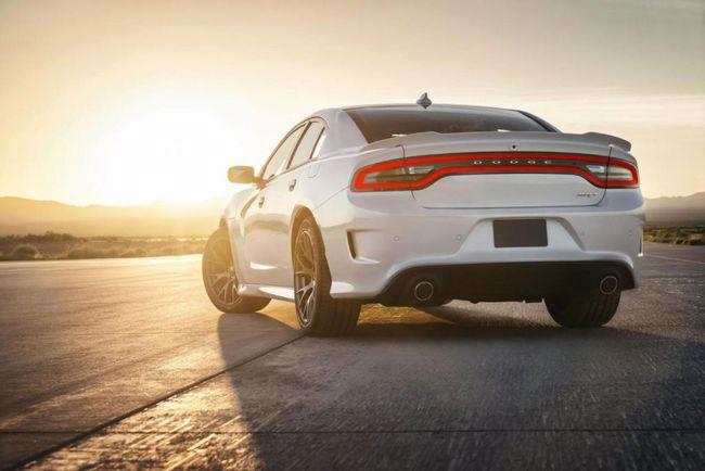 Dodge Charger SRT Hellcat 2015 04