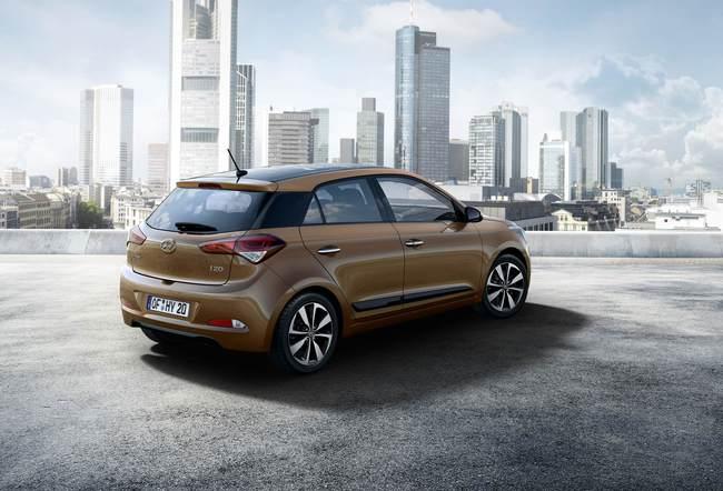 Hyundai i20 2015 02