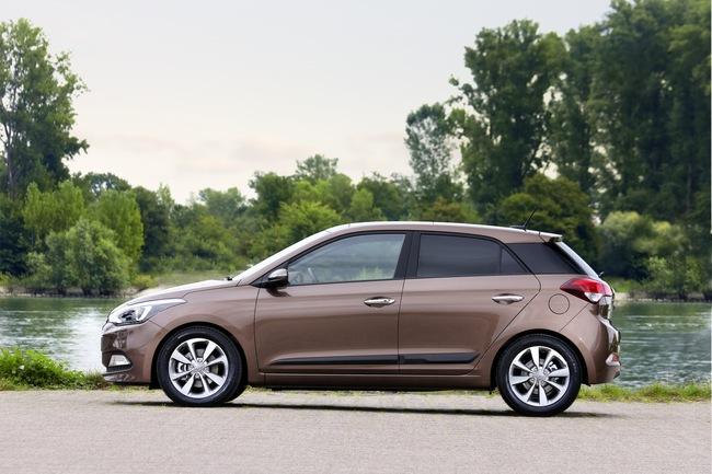 Hyundai i20 2015 09