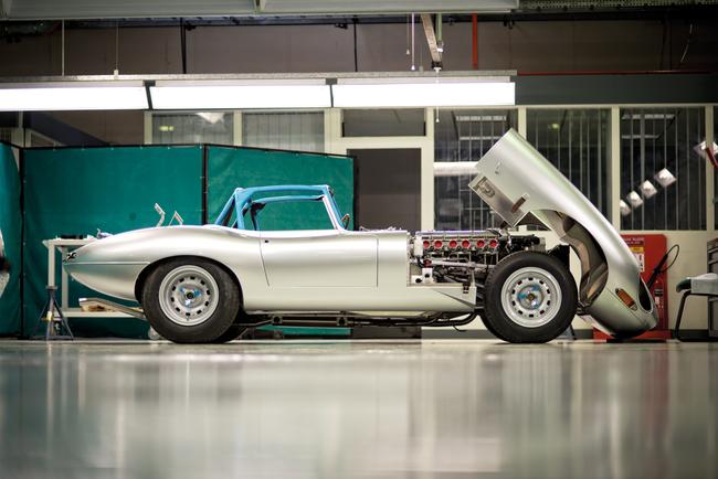 Jaguar E-Type Lightweight 2014 28